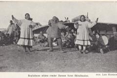 Drum dancing, צפון אלסקה, 1924