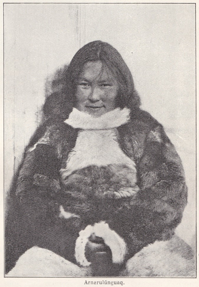 אנרולונגואק מבני האינוגהויט שבגרינלנד אשר חצתה את הארקטי האמריקאי על מזחלת כלבים במסגרת משלחת הת'ולי ה-5.